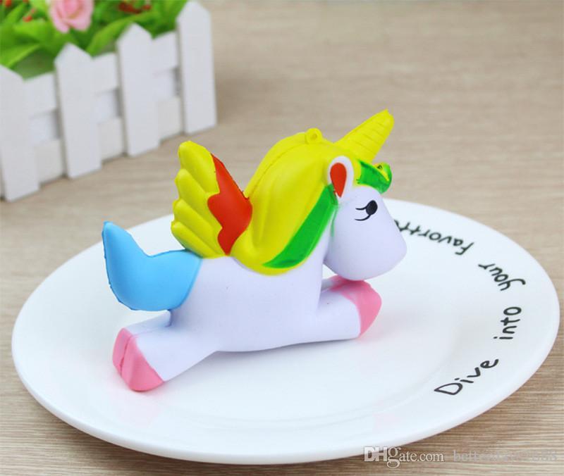 2018 Hottest Squishy Kawaii Squishies Flying Jumbo Unicorn Pony Horse Kid Toys Squishy Slow Rising Cream PU Foam Decompression toys DHL Free