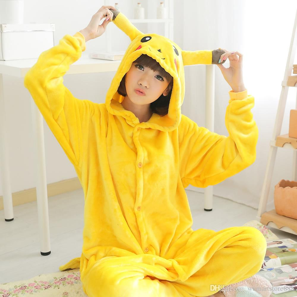 3b288dd05 Compre Pikachu Animal Pijama Unisex Adulto Pijamas Ternos De Flanela Pijama  Inverno Garment Cute Animal Dos Desenhos Animados Onesies Pijamas Macacões  De ...