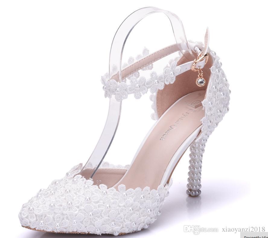 ee648ff406ec40 Acheter 2018 Nouvelles Femmes Pointées Sandales Imperméables Femmes  Chaussures De Mariage En Dentelle À Talons Hauts Dentelle Fleur Perle Pompe  À Eau De ...