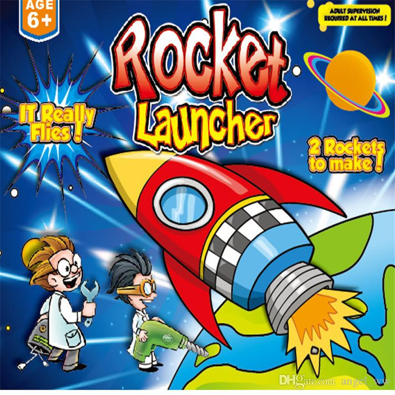 EVA bazooka used pressure to push the rocket into the air, and outdoor sports toys could be played together.