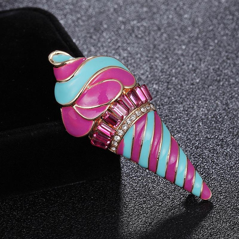 06459c5a4307f 2019 Zlxgirl Jewelry Enamel Crystal Cream Brooches For Women Kids Badge  Summer Small Size Dress Collar Clip Lapel Pins Bags Joyas From Haoyunduo