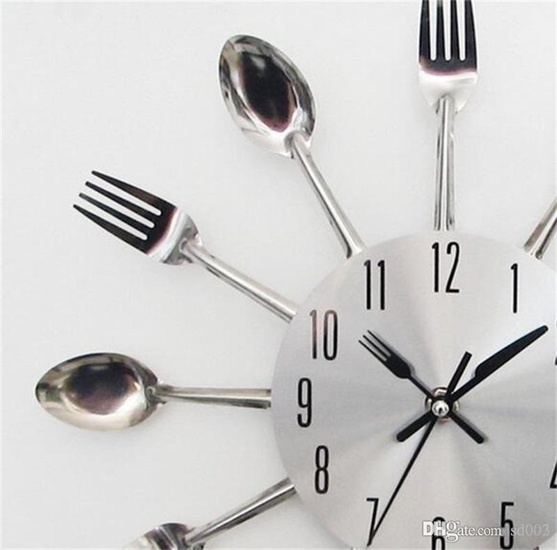 Silver Wall Clock Spoon Knife Fork Shape For Home Hanging Arts Creative Special Luxury Designer Clocks For Restaurant Decorations 21hr ZZ