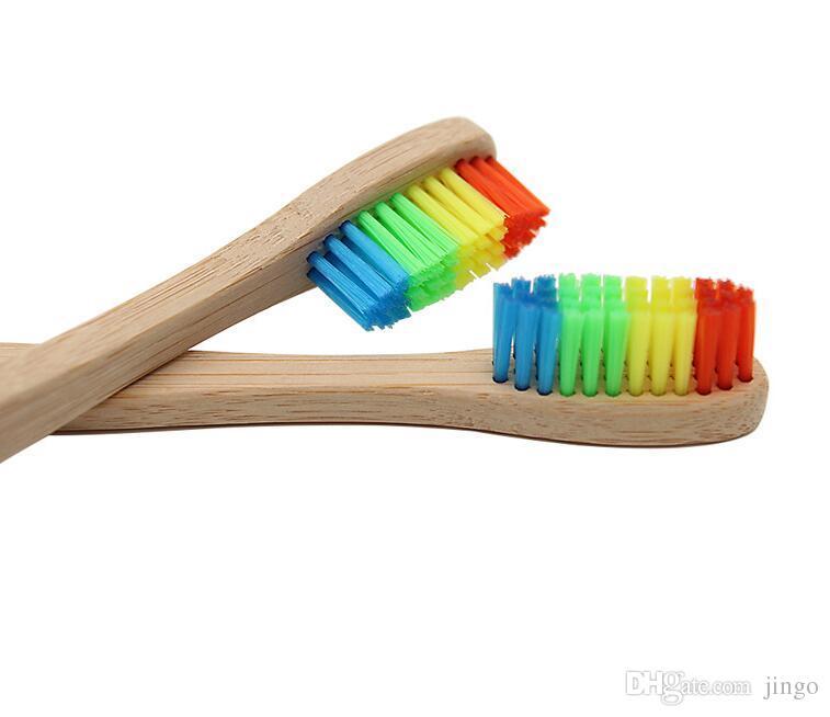 DHL arco-íris de bambu escova de dentes Environmentally Madeira escova de dentes de cerdas macias Chefe de bambu alça Adulto escova Oral dente Cuidados nt