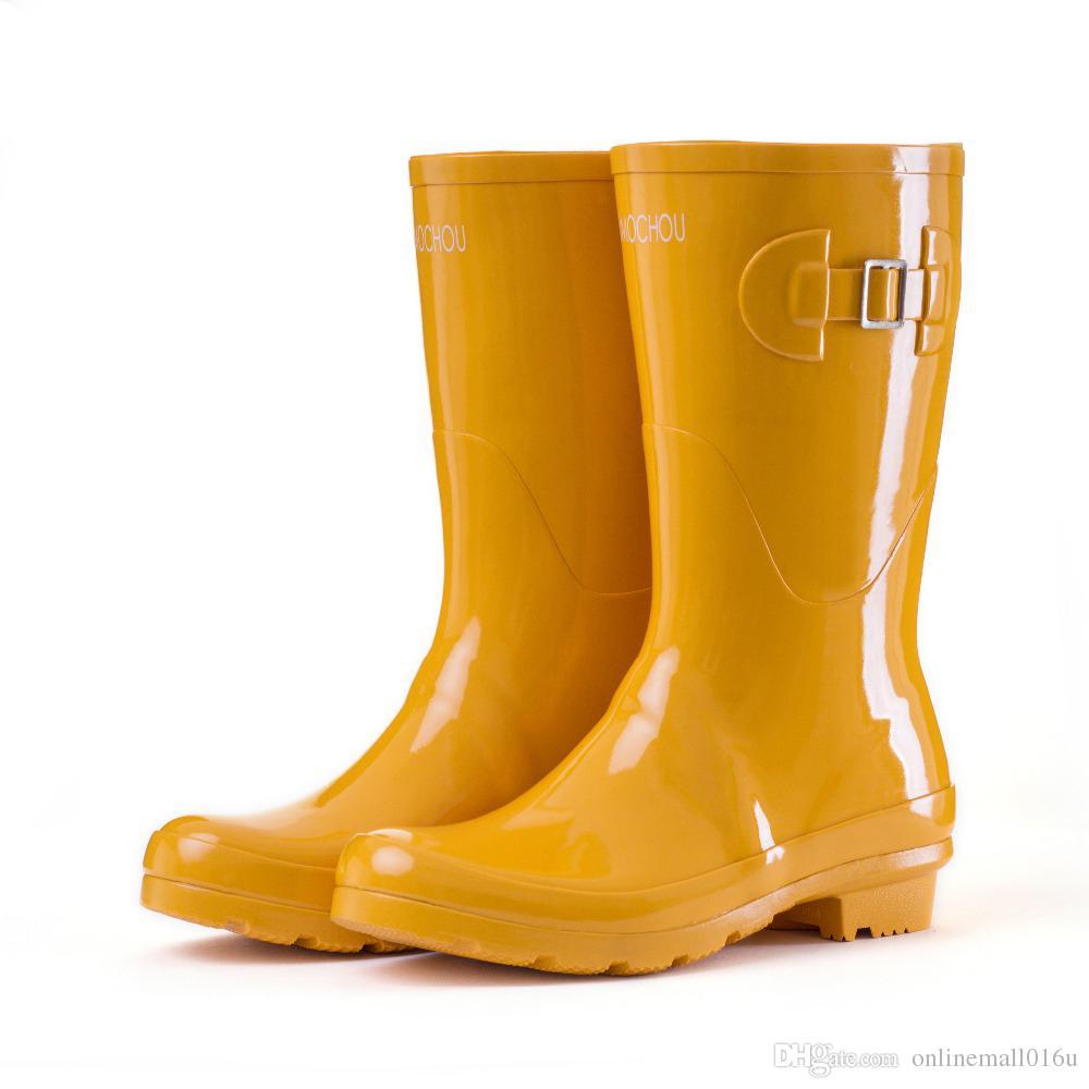 Bottes de pluie noires en caoutchouc jaunes violettes jaunes violettes pour femmes bottes de pluie femme imperméables 2018 chaussures de sport