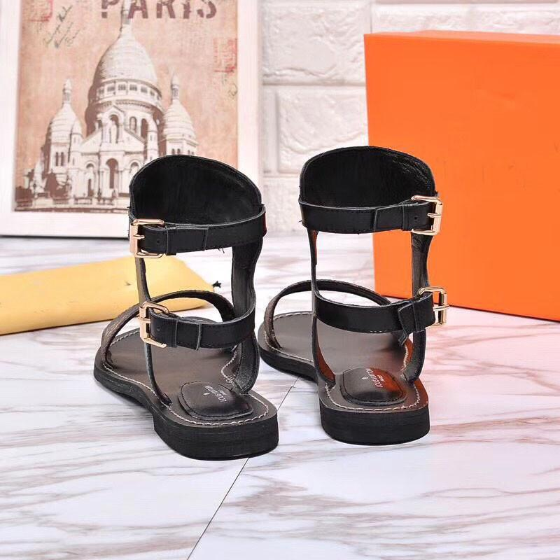 Newest Luxury Women Popular Leather Sandal Striking Gladiator Style Designer Leather Outsole Perfect Flat Canvas Plain Sandal Size 35-41