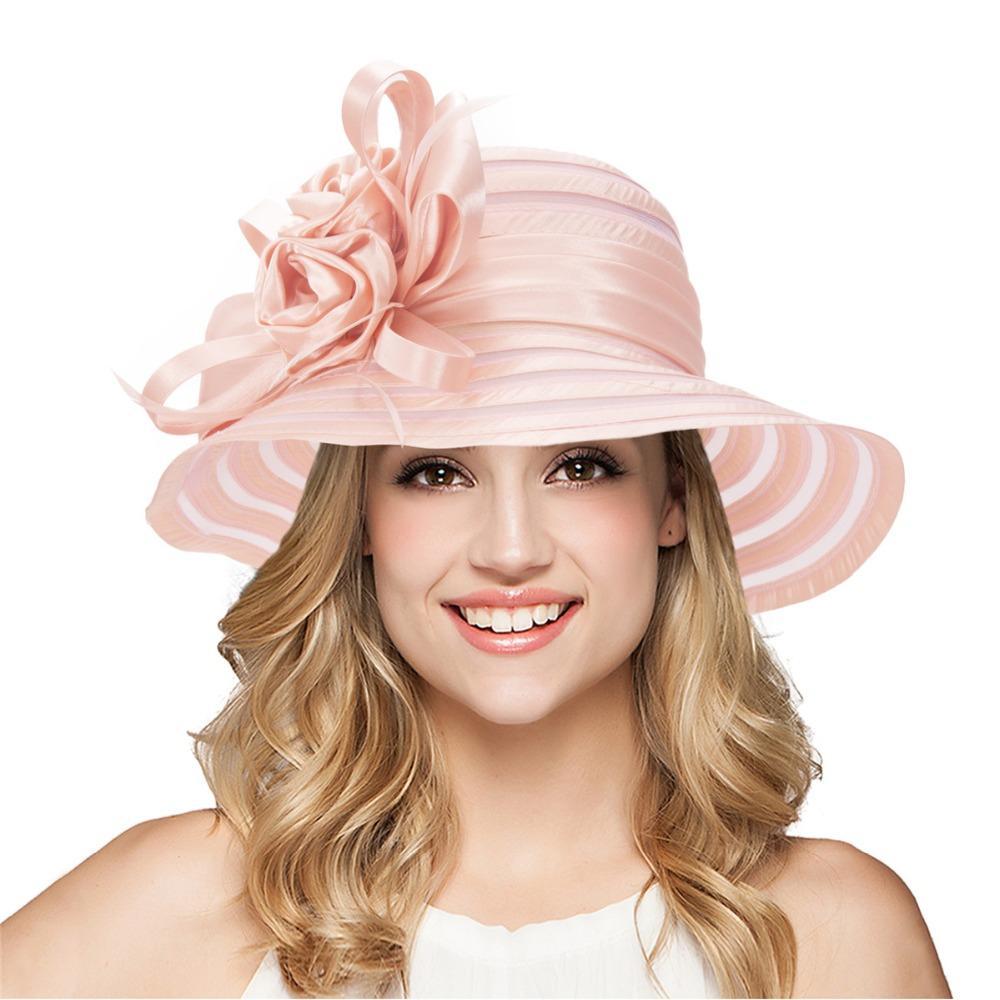 Such an elegant female hat