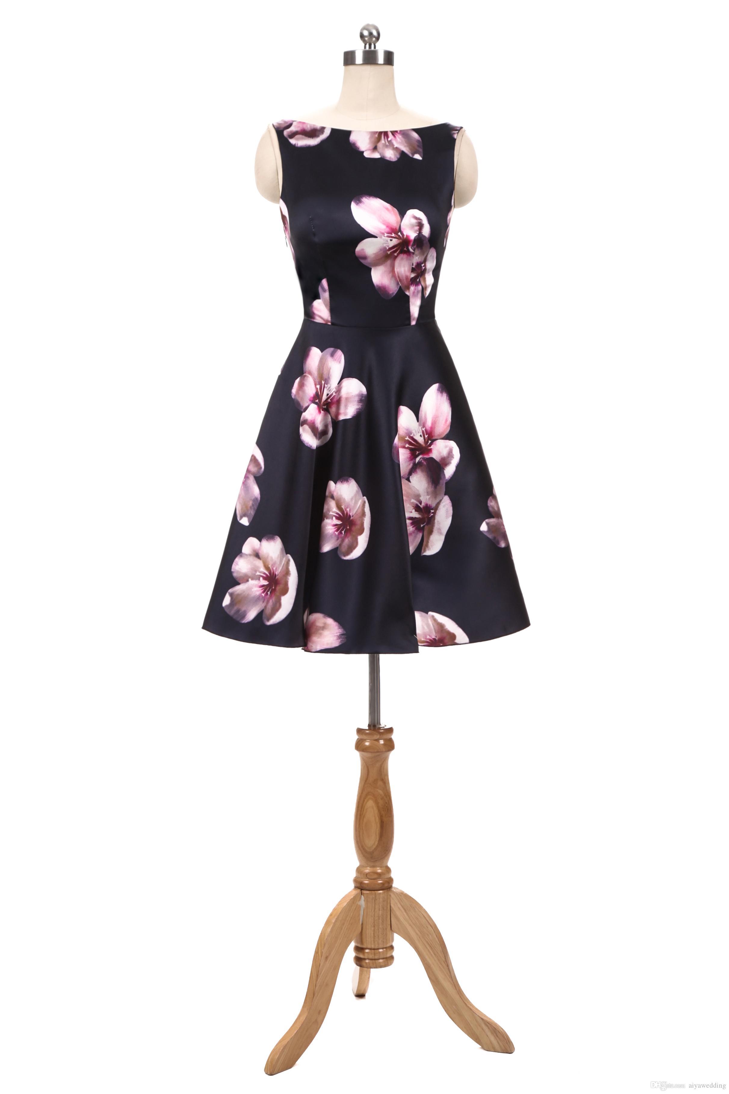 3e4bfb8c5f6ca 2019 Summer Printed Flower Homecoming Dress A Line V Neck Knee Length Prom  Dresses Short Mini Cocktail Dresses Short Formal Dresses For Juniors Short  Sexy ...