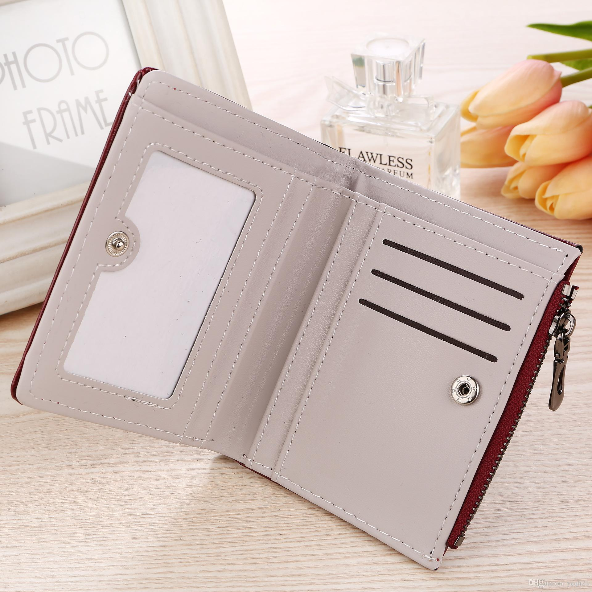 Casual Lady Wallets Holders Oil Leather Embossed Plum Flower Short Style Wallet Card Pocket Zero Purse