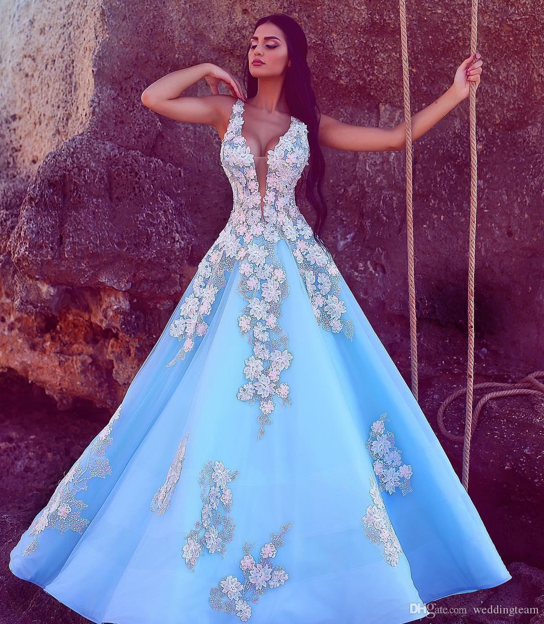 Compre Luz Cielo Azul Sin Espalda Vestidos De Baile Escarpado Que ...