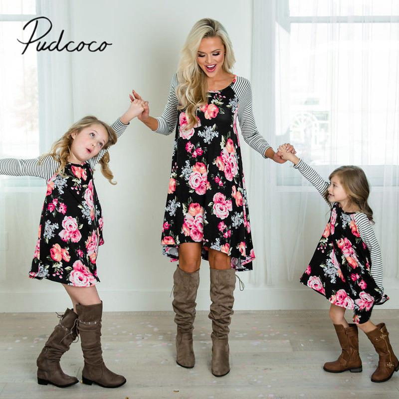 c7ed0586eb29 2018 Brand New Mother Daughter Dress Summer Casual Family Clothes Womens Girls  Sundress Outfits Matching Floral Striped Dresses Family Holiday Outfits ...