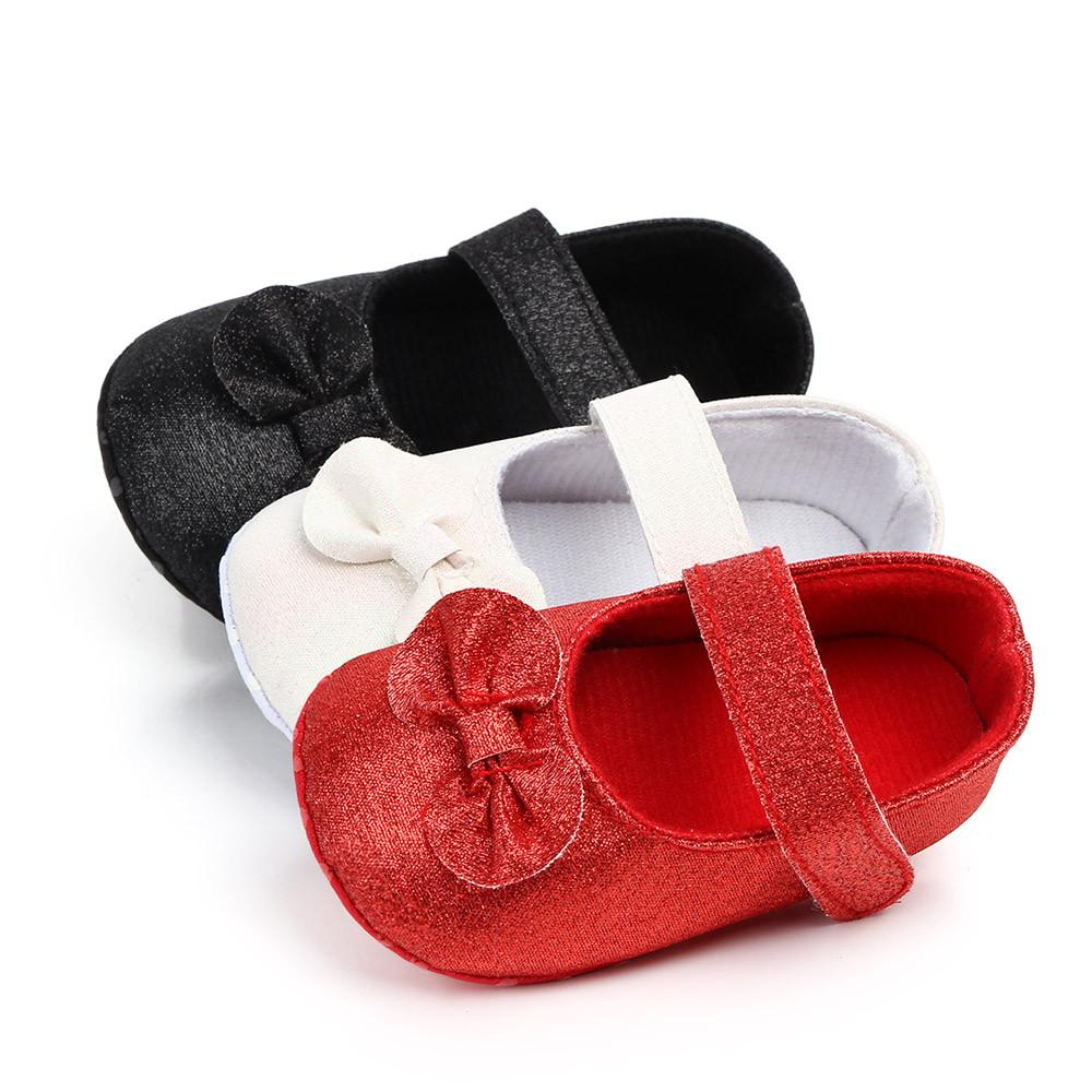 534d83a37f30cd 2019 2018 New Newborn Baby Boy Girl Moccasins Soft Shoes Cute Infant Baby  Bling Casual First Walker Toddler Shoes Non Slip Crib From Universecp