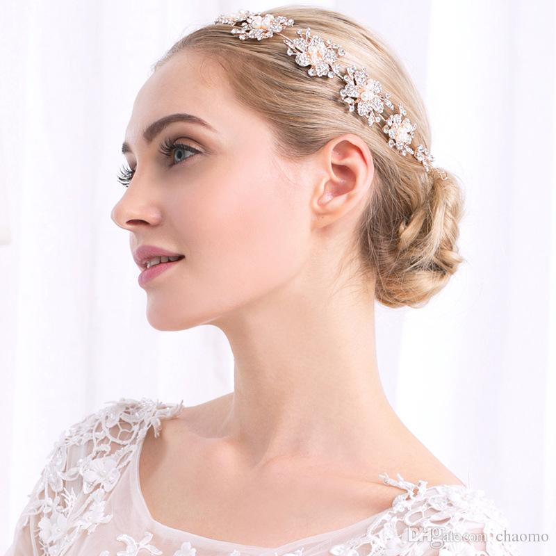 2019 European And American Popular Rose Gold Rhinestone Headband Alloy  Flower Design Wild Bride Tiara Imitation Pearl Jewelry Wholesale From  Chaomo 5c813679a69