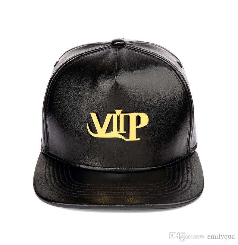 Acquista Cappelli Hip Hop In Pelle PU Golden Logo VIP Cappellini Da  Baseball Raper Uomini Donne Cappelli Hiphop Cappellini Snapback Cappelli  Sportivi ... 826f61801836