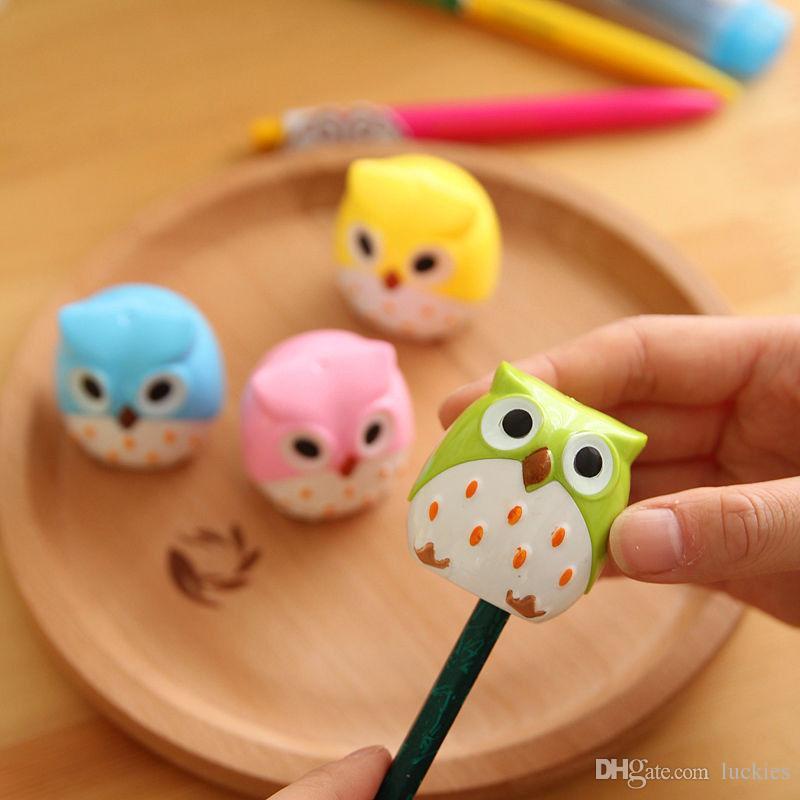 어린이 학교 용품 0157의 경우 4 색 귀여운 가와이이 사랑스러운 플라스틱 올빼미 자동 연필 깎이 창조적 인 문구 용품 선물