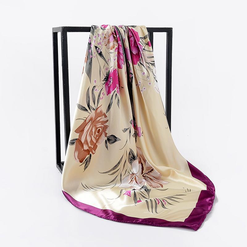 Acheter Soie Foulard Femmes Été Imprimer Foulard Satin Foulards Carrés  Châle Designer De Luxe 90   90 Cm Cou Châle Musulman Hijab Hippie Bandana  De  32.07 ... 511d3ab7906