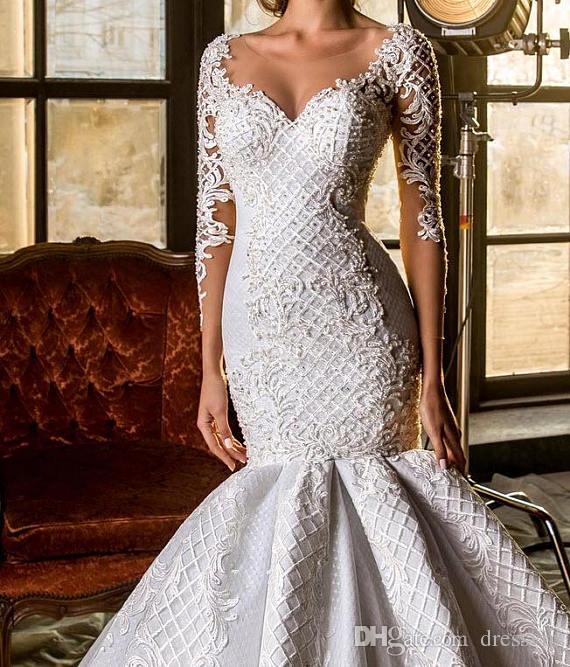 2018 luxe sirène robes de mariée en dentelle perles Applique Longueur étage manches longues Pays Robe de mariée Sheer Jewel Neck Robe De Novia