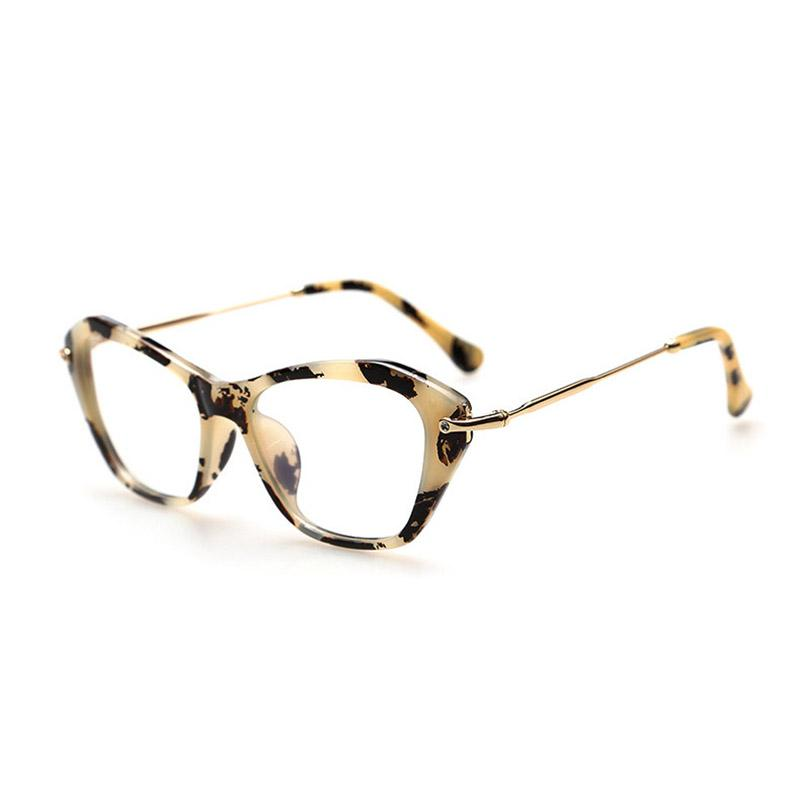 ad58c7d0b4c76 Compre Cubojue Óculos De Mulher Vingtage Cat Eye Mulher Transparente Nerd Pontos  Óculos Retro Óculos Frames Lens Claro Senhoras Rosa De Milknew