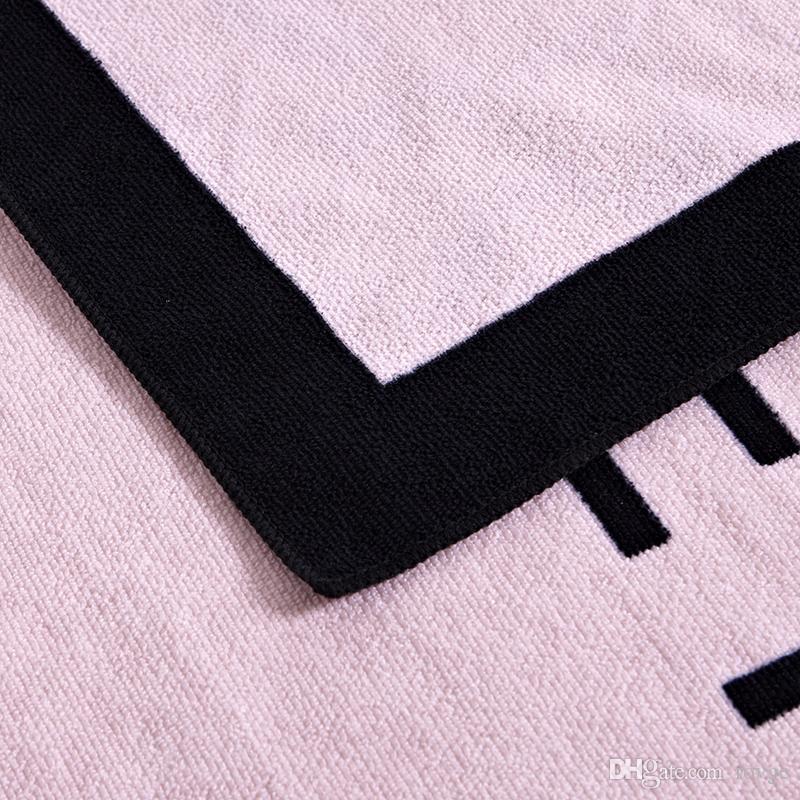 Hot fashion European and American beach towel fashion lady printing ultrafine fiber fitness jogging beach towel