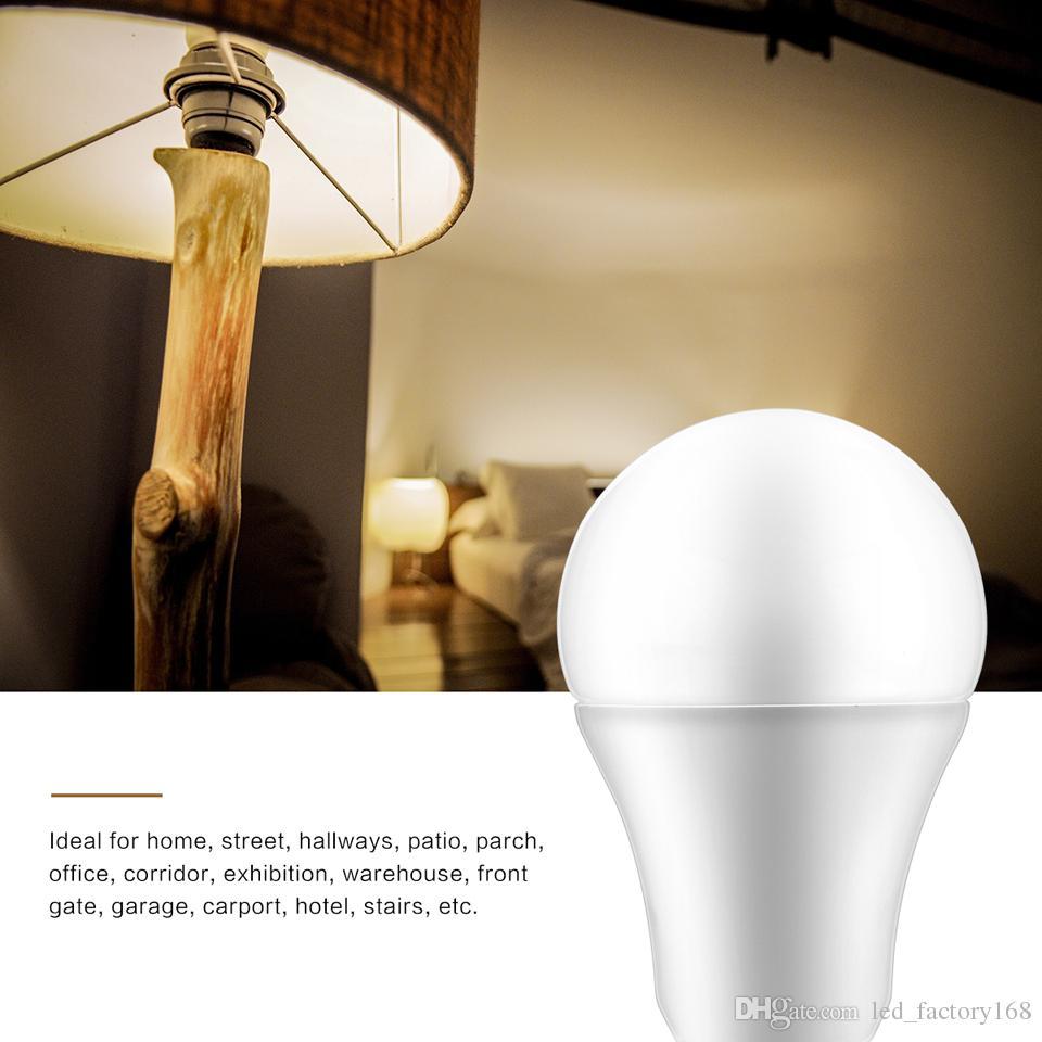Sensor Lights Bulb Dusk to Dawn LED Light Bulbs Smart Lighting Lamp E26/E27 Automatic On/Off Indoor / Outdoor Yard Porch Patio