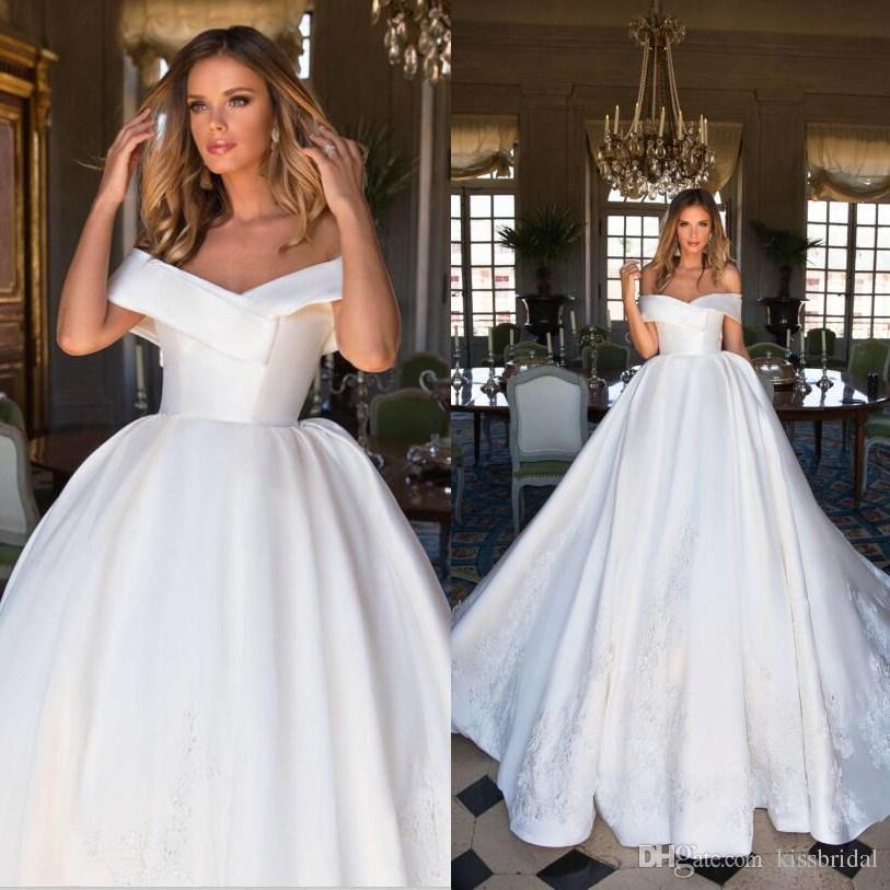 Grosshandel Retro Elfenbein Satin Dubai Brautkleider 2018 Spitze Weg