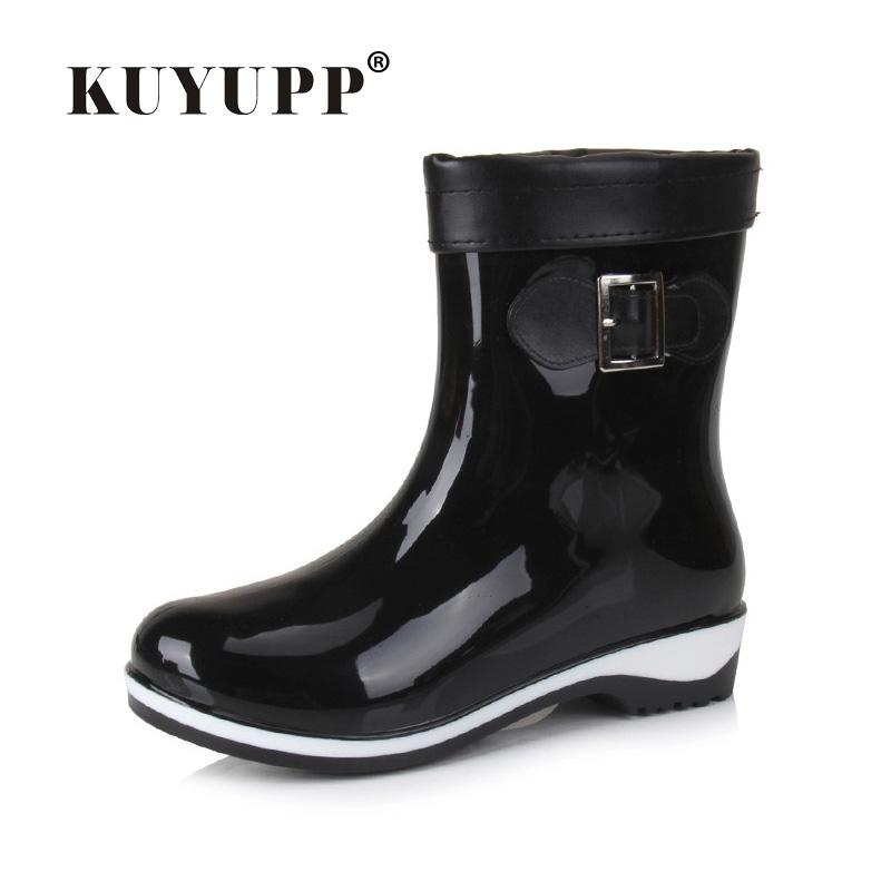 Wholesale FASHION Women Short Rain Boots Low Heel Waterproof Welly Boots  Cotton Inside Rainboots Water Shoe Ankle Boots Size 36 40 DX210 Ladies Boots  Cheap ... d231faa0aa