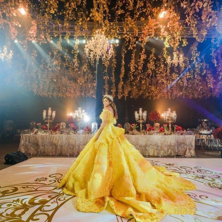 2018 Ball Gown 3D Floral Appliques Quinceanera Dresses Yellow Off Shoulder Lace Saudi Arabic Vestidos De 16 Girls Quinceanera Party Gowns