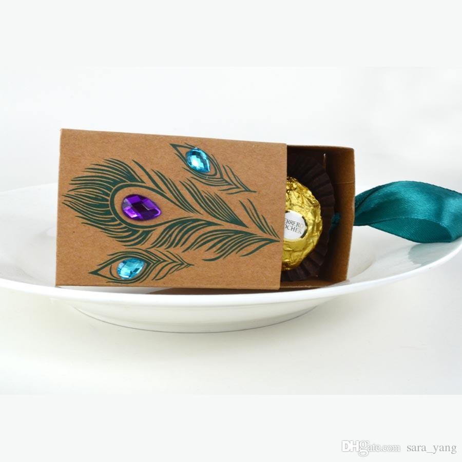 new european design peacock feather candy box kraft paper gift packaging for sweets tea dim sum wedding favors lin2189 bridal party favors bridal shower