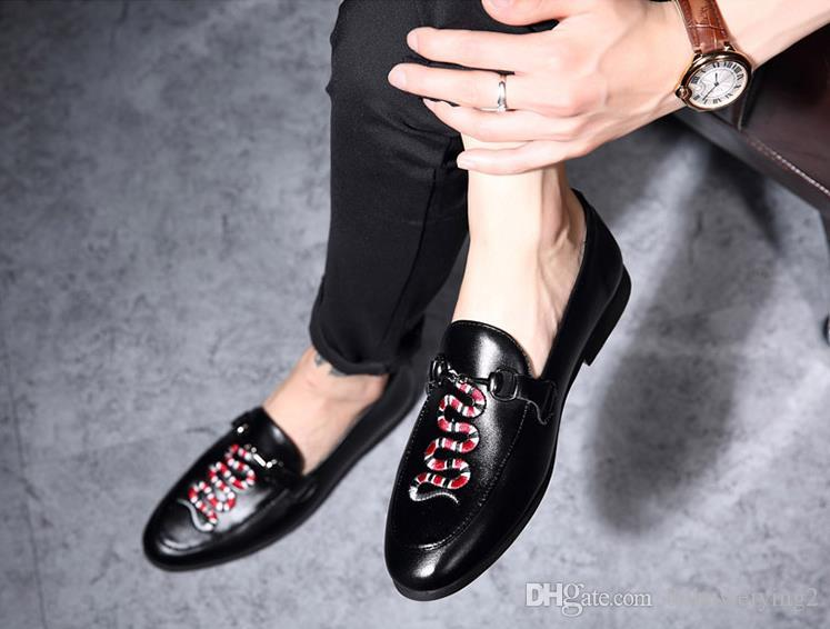 2018 fashion loafers embroidered men loafers luxurious men dress shoes men casual shoes handmade breathable x23