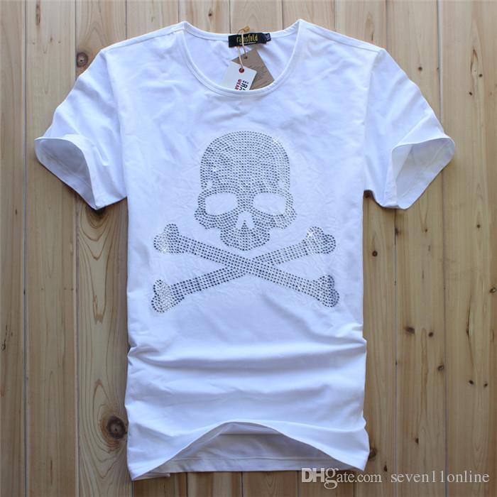 2021 Мужские O-образные вырезывания мужчины роскошный алмазский дизайн белый цвет алмазный череп футболка мода футболки смешные бренды хлопковые топы и летние тройники