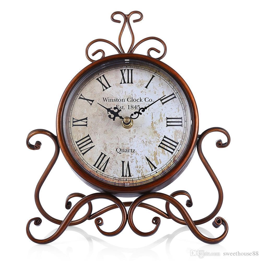 d4ac27ffac9 Compre Estilo Europeu Retro Ferro Forjado Artesanato Relógio De Mesa  Decoração De Casa De Bronze Relógio De Mesa De Ouro Mudo Artesanato  Despertador Do ...