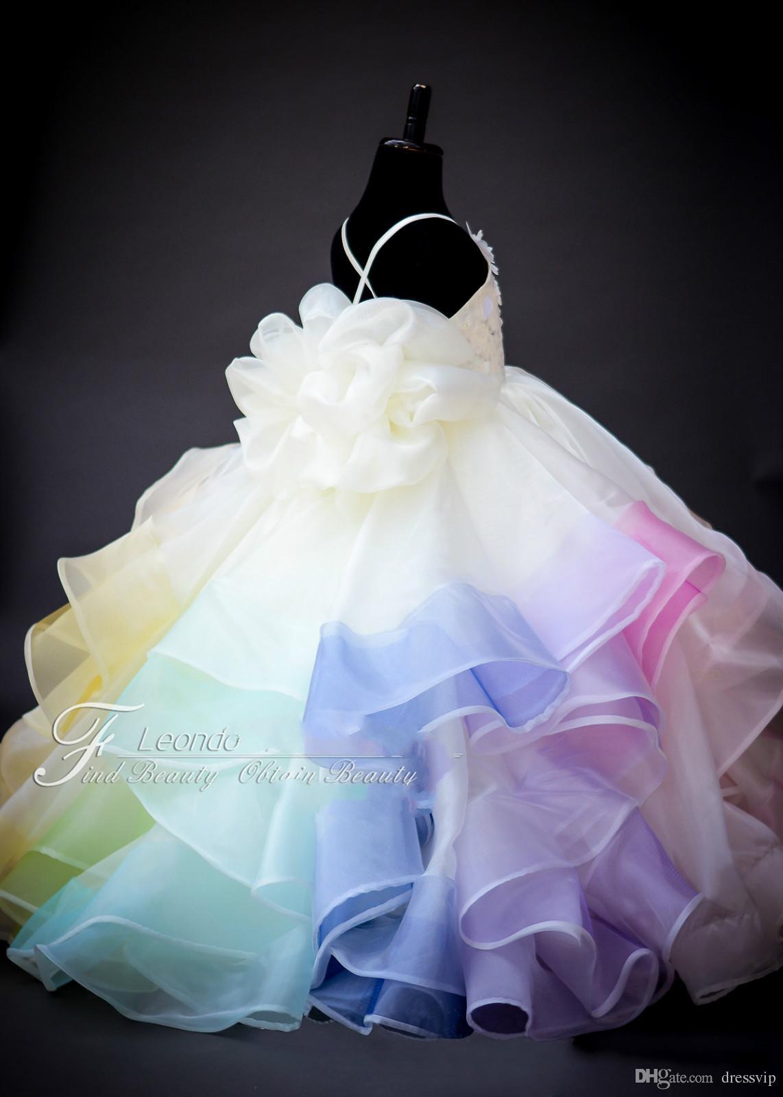 2020 Mignon arc-en-robes fille fleur dentelle florale 3D Applique perles hiérarchisé robe de première communion Spaghetti Prom Party Robes Tenue de soirée