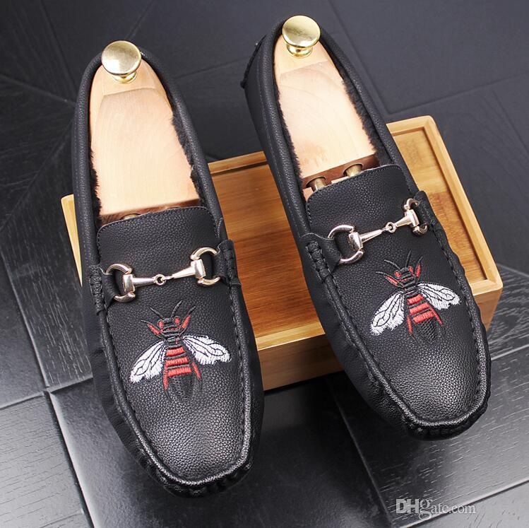 New Style Bees Indian silk embroidery men shoes fashion Men Loafers wedding and party male shoe Men Flats G24