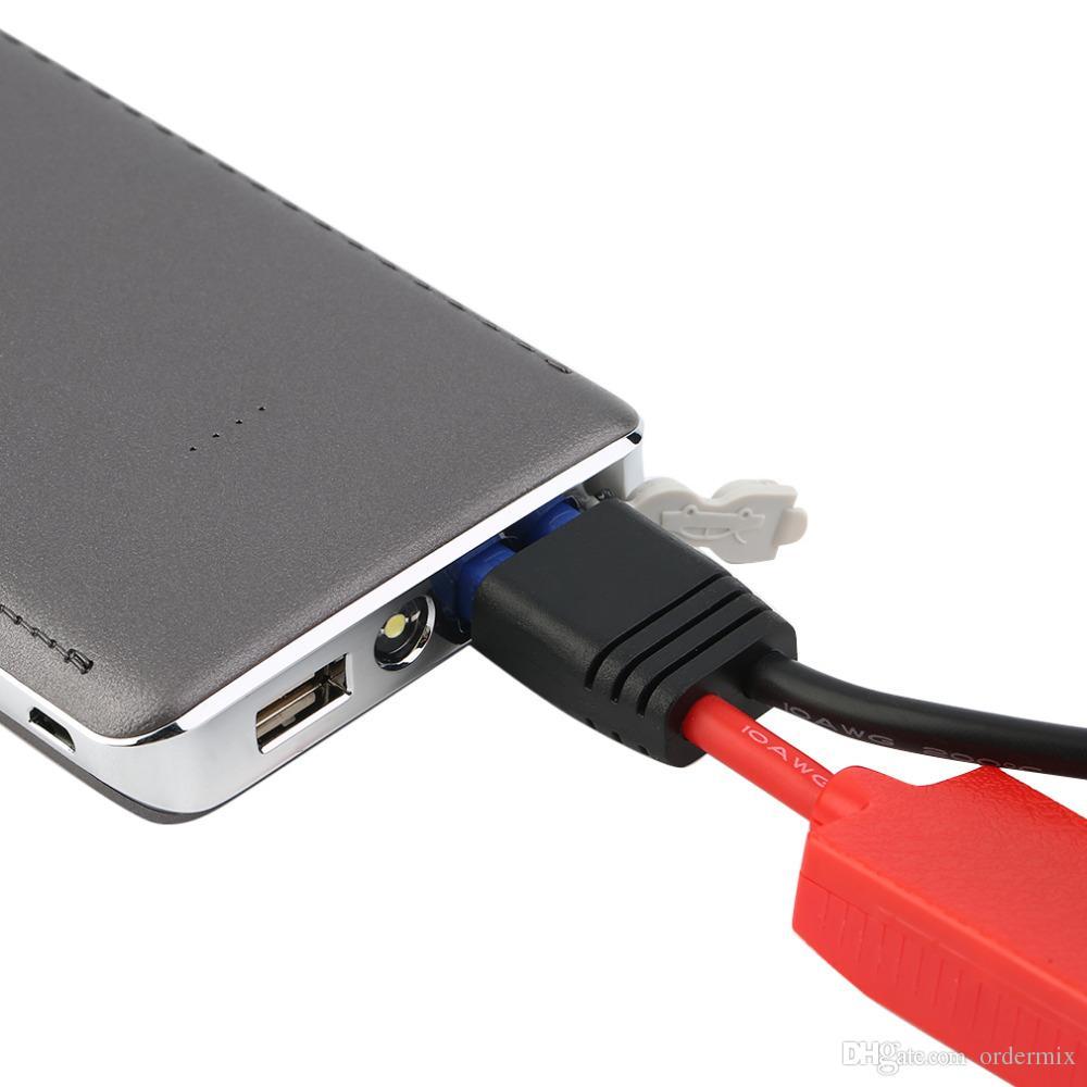 1 ADET 8000 mAh Araba Atlama Marş Paketi Booster LED Şarj Pil Güç Banka Gümüş Otomobil Acil Başlangıç Gücü