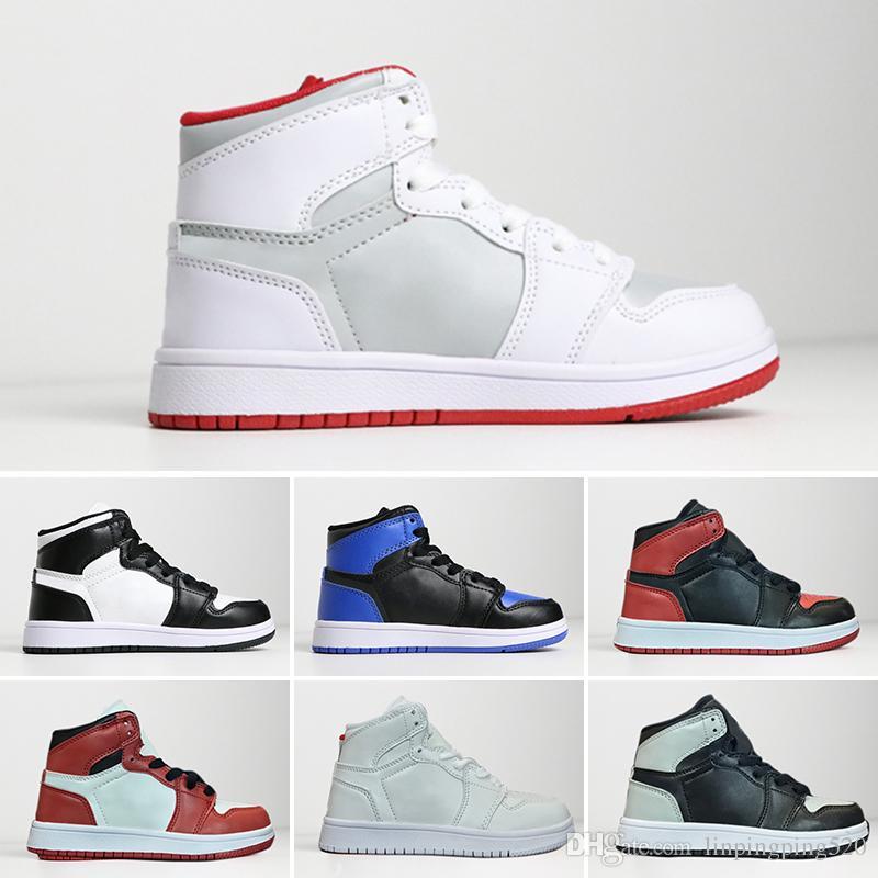 sale retailer f098d e4300 Acheter Nike Air Jordan 1 Retro 2018 Enfants 1s Basketball Chaussures  Enfants Garçon Fille 1 Bred Noir Rouge Blanc Sneakers Enfants Cadeau D anniversaire  ...