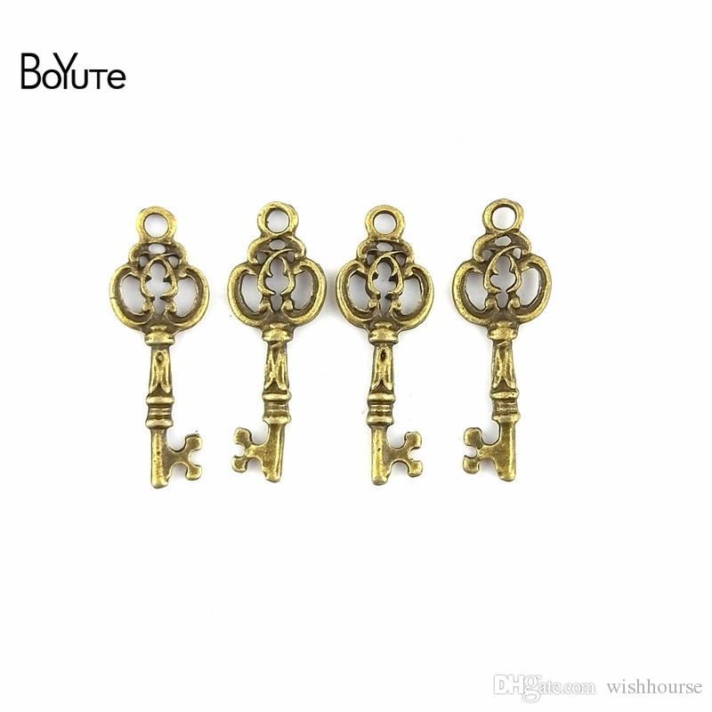 BoYuTe 100 Peças / lote 27 * 10 MM Peças de Acessórios de Diy Do Vintage Liga de Zinco Antique Bronze Chave Pingentes para Componentes de Jóias Encontrar