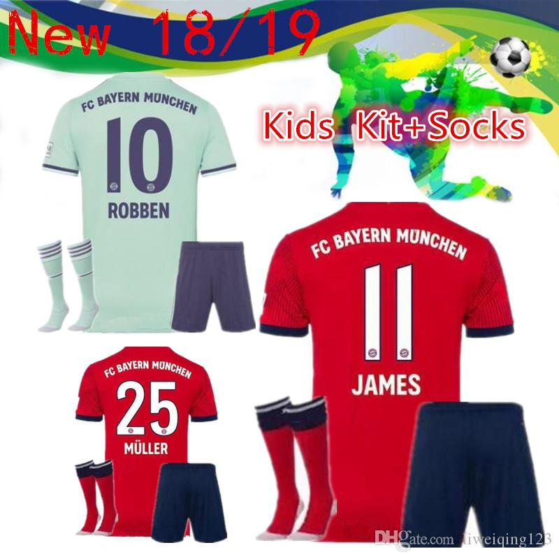 39432d57d ... 50% off 2018 18 19 bayern munich 25 muller home away childrens suit  socks home