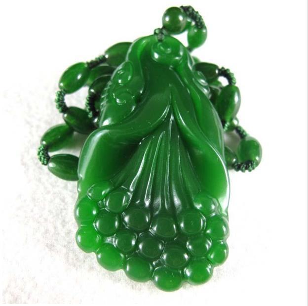 Beautifully Hetian jade Ruyi pendant natural green jade auspicious pendant jewelry wholesale