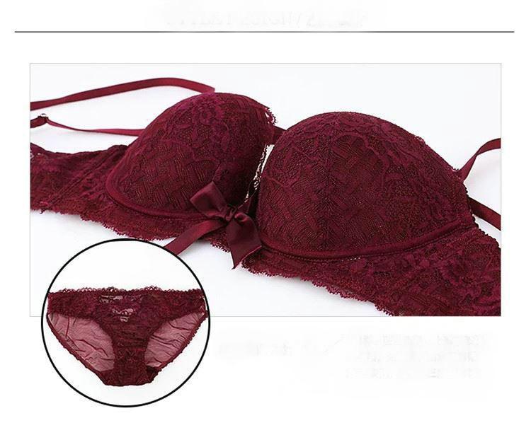 Кружевная красотка сзади сексуального нижнего белья без следов Европы и бюстгальтера США