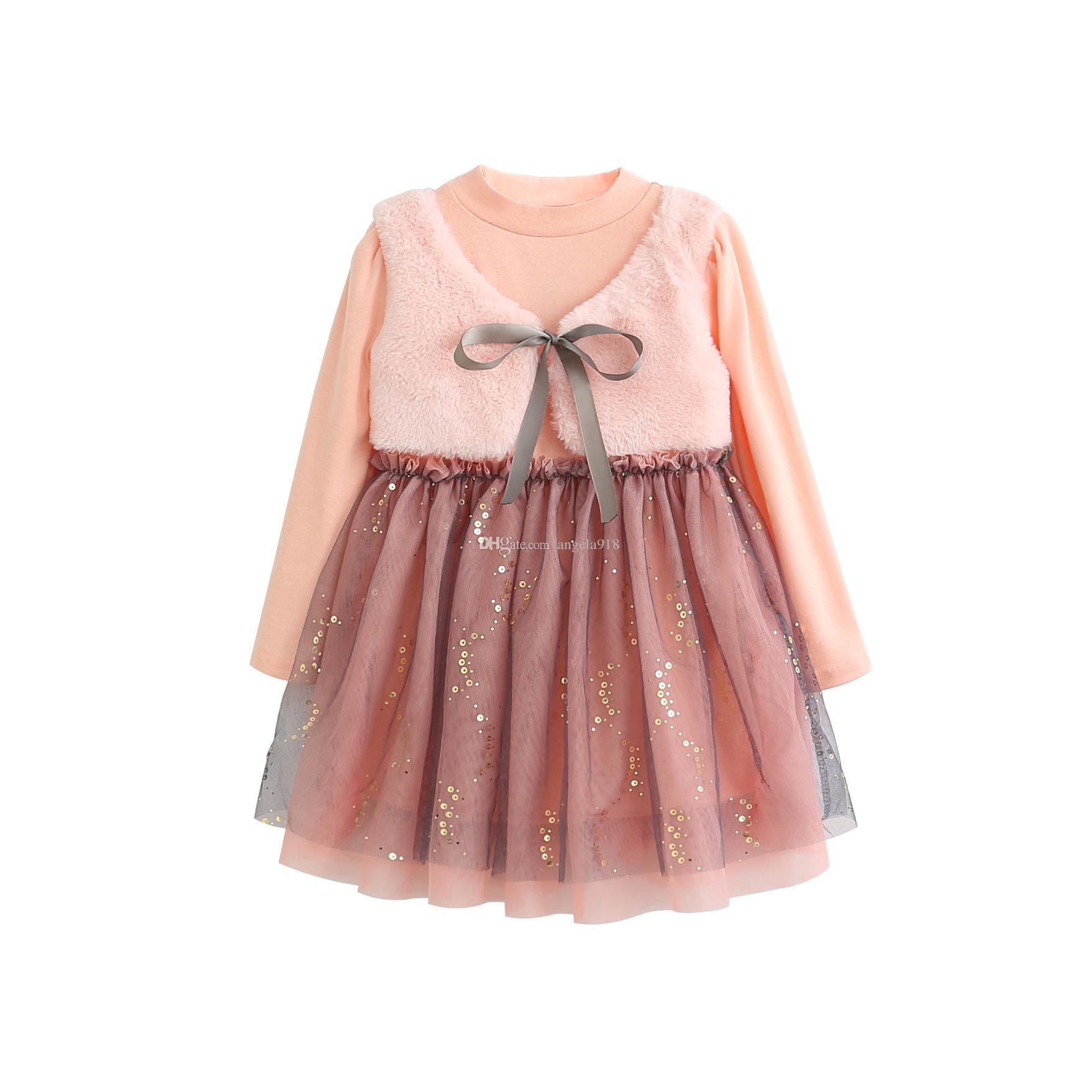 5771c9c47fef Compre 2018 Nueva Niña Falsa Dos Lentejuelas Rosa Vestido De Princesa  Pequeña Más Chaleco De Terciopelo De Malla Falda De Tutú De Costura H144 A  $7.97 Del ...