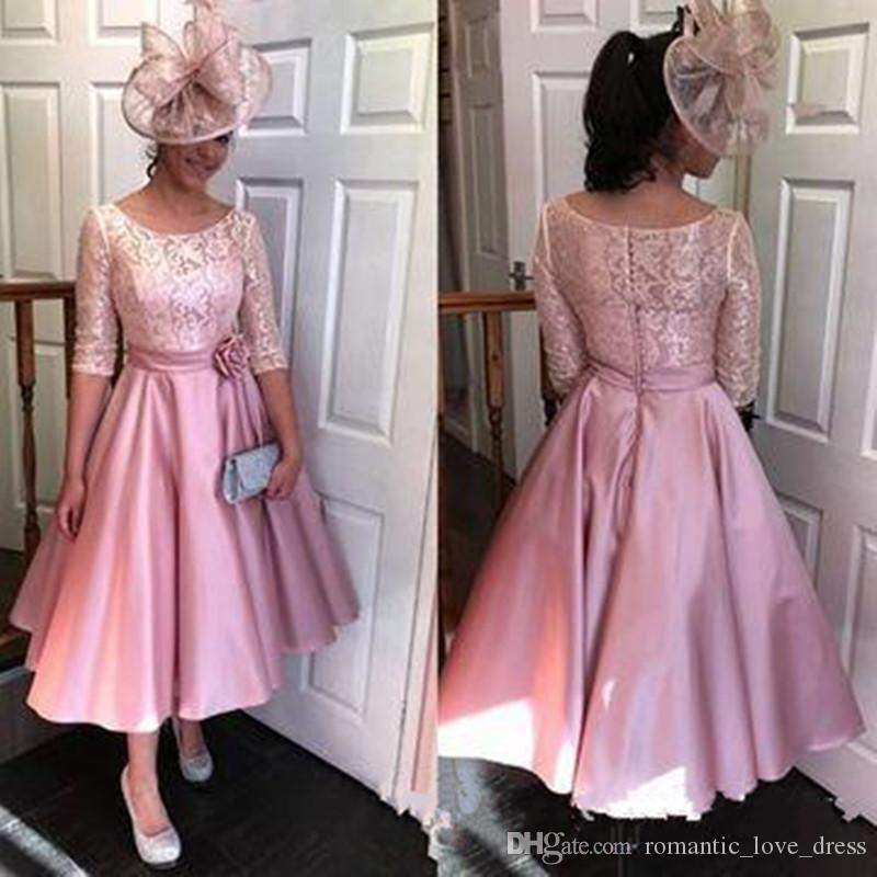 Blush Pink Short Lace Mother of the Bride Dresses 2019 Scoop Neckline Flower Sash Half Sleeve Tea Length Satin Wedding Guest Gowns M021