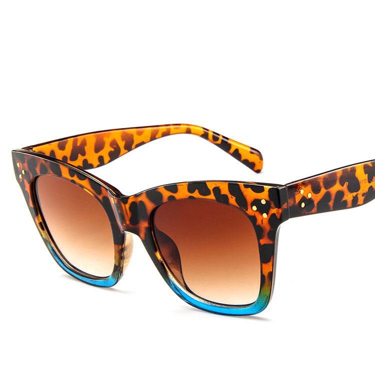 Acheter 2018 Nouveau Cat Eye Femmes Lunettes De Soleil Teinté Couleur  Lentille Hommes Vintage En Forme De Soleil Lunettes Femmes Lunettes De  Soleil Bleu ... 7b1a0d966b73