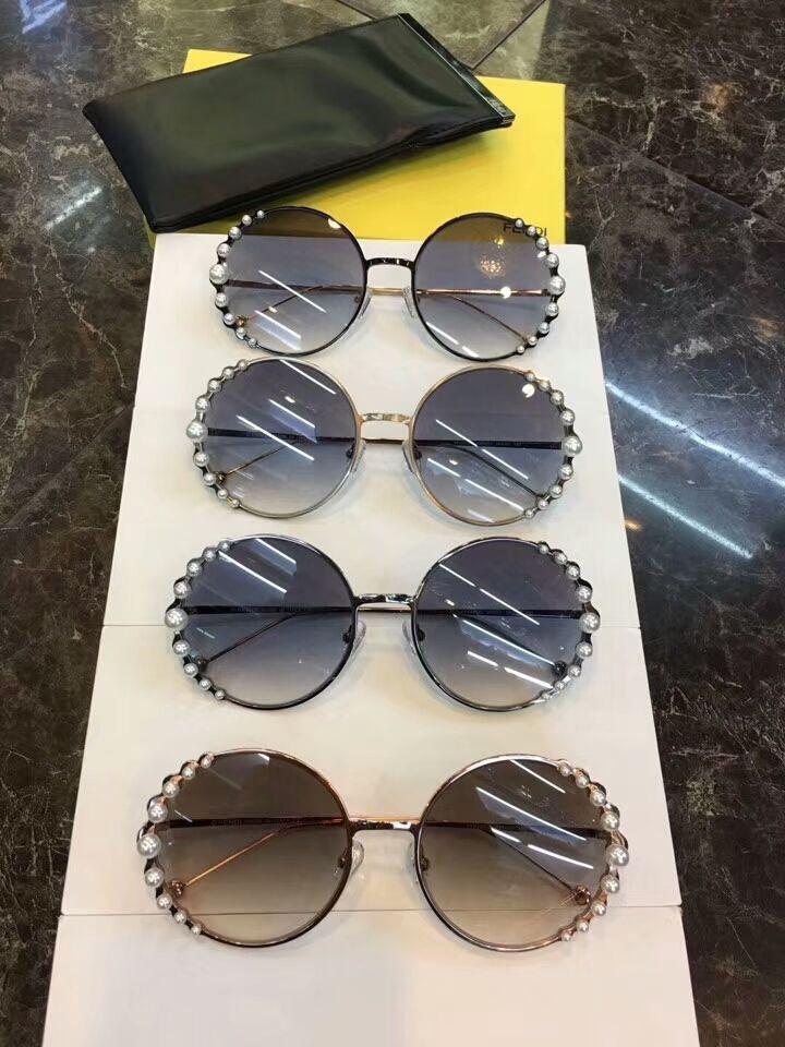 ddc15020aac Round Pearl Frame Sunglasses 0295S Dark Ruthen Dark Grey Gradient  Sonnenbrile Fashion Women Designer Sunglasses Glasses New With Box Glasses  For Men Mens ...