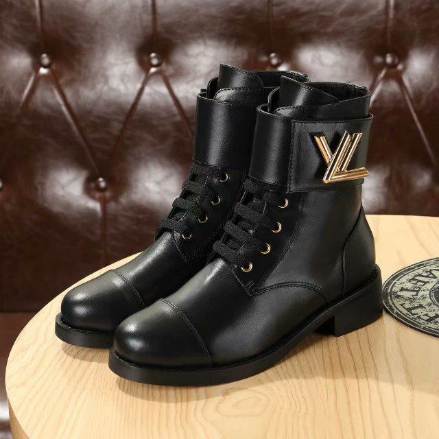 513832fba9 Compre 2018 Buscar Similares 19 Zapatos De Mujer De Diseño Botas Para Mujer  De Marca 2018 Marca De Moda Diseñador De Lujo Mujer Negro Botas De Cuero De  ...