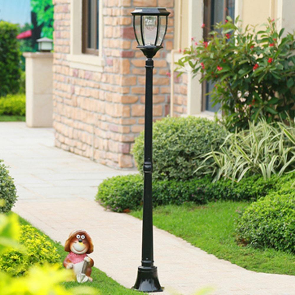 Acquista Lampade Solari Da Giardino A Risparmio Energetico In Tre
