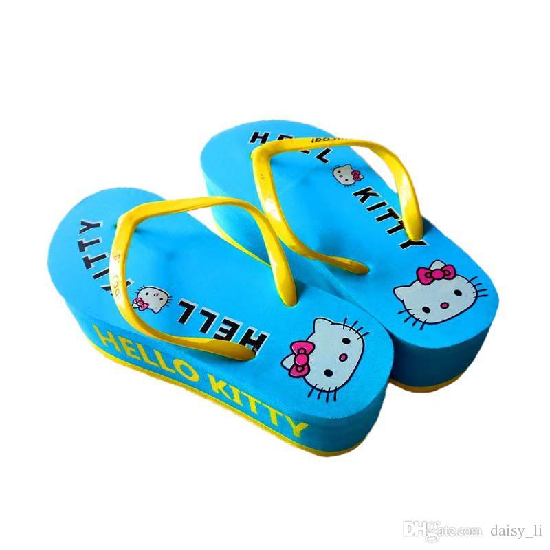 6268cdfc65f Compre Chanclas Para Mujer Zapatillas De Marca Zapatillas De Playa  Zapatillas De Verano Para Niñas Patrón De Dibujos Animados Sandalias De  Tacón Plano ...