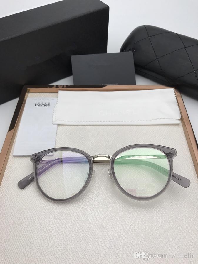 Compre Novos Óculos De Armação Mulheres Homens Designer De Marca Armações  De Óculos De Marca Óculos De Armação De Óculos De Lente Clara Quadro Oculos  CH2132 ... c04f4d2074