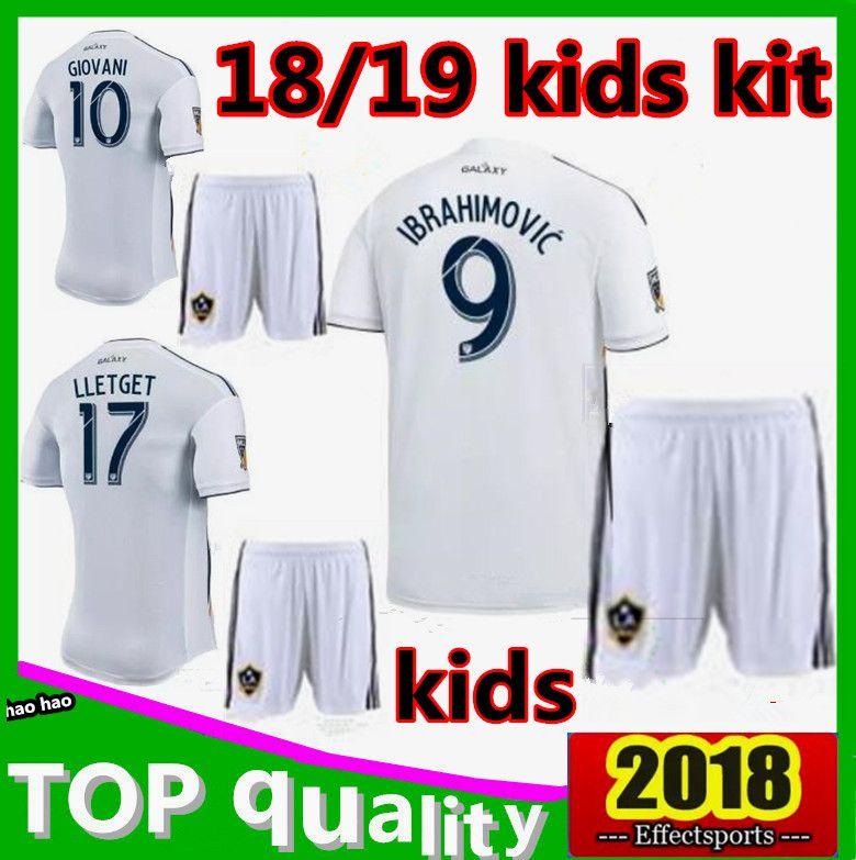 Compre Crianças Kit 2018 LA Galaxy IBRAHIMOVIC Camisa De Futebol 18 19  GERVANI GIOVANI ZARDES ROGERS JONES Camisas De Futebol De Los Angeles De  Haohao201718 ... 0ff38863c6d52