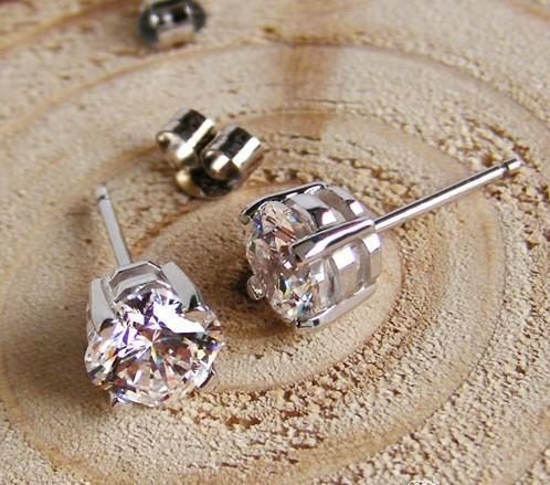 Freies Verschiffen vervollkommnen Sie Schnitt 2 ct / pair synthetischer Kohlenstoff-Diamantsterlingsilber-Weißgold überzogener Hochzeitsbolzenohrringbraut