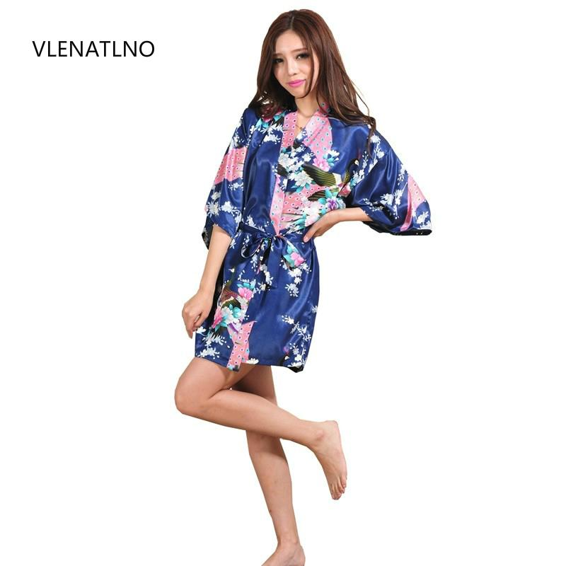 0b044aaa226b 2019 Silk Satin Wedding Bride Bridesmaid Robe Floral Bathrobe Short Kimono  Robe Night Bath Fashion Dressing Gown For Women From Candd