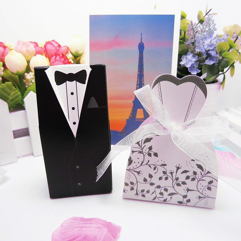 50PCS 25Pairs Swallow Tail Black And White Suit Wedding Candy Box European-style Groom Bride Dress Shaped Wedding Candy Bags